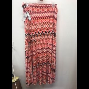 NWT new direction size large skirt